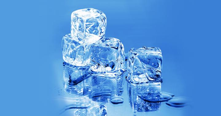 自動製氷のない冷蔵庫を使ってい...